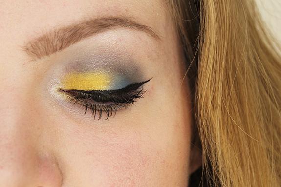 the_body_shop_smoky_poppy_lente_make-up13