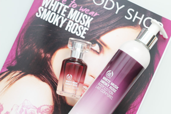 the_body_shop_white_musk_smoky_rose06