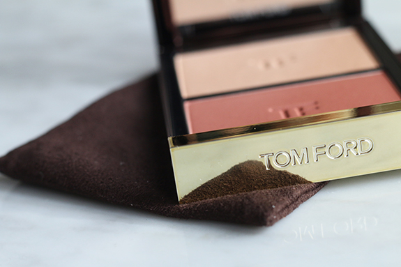 tom_ford_contouring_cheek_color_duo_stroked04