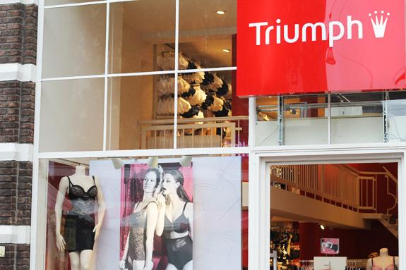 triumph_shapewear02