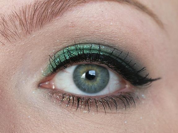 urban_decay_moondust_eyeshadow_palette14