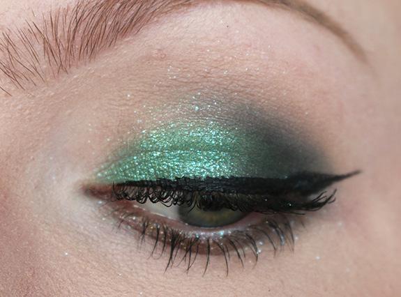 urban_decay_moondust_eyeshadow_palette15