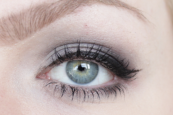urban_decay_naked_smoky11