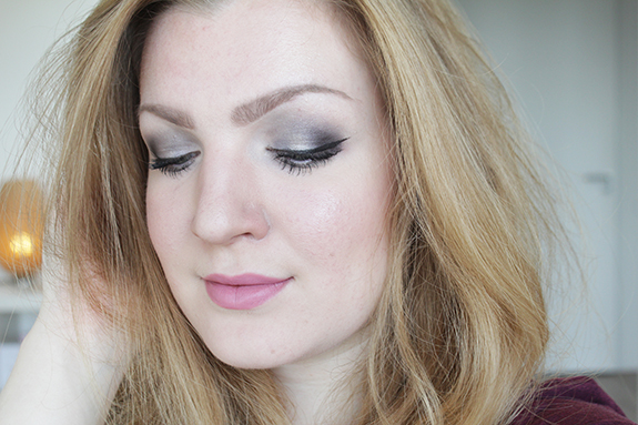 urban_decay_naked_smoky14