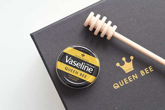 vaseline_queen_bee03