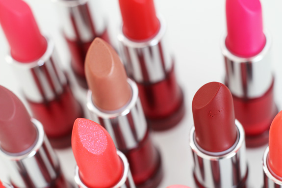 yves_rocher_cherry_oil_lipstick04