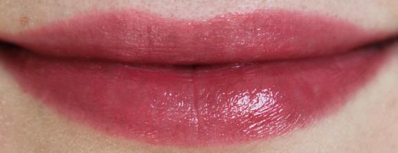 yves_rocher_cherry_oil_lipstick18