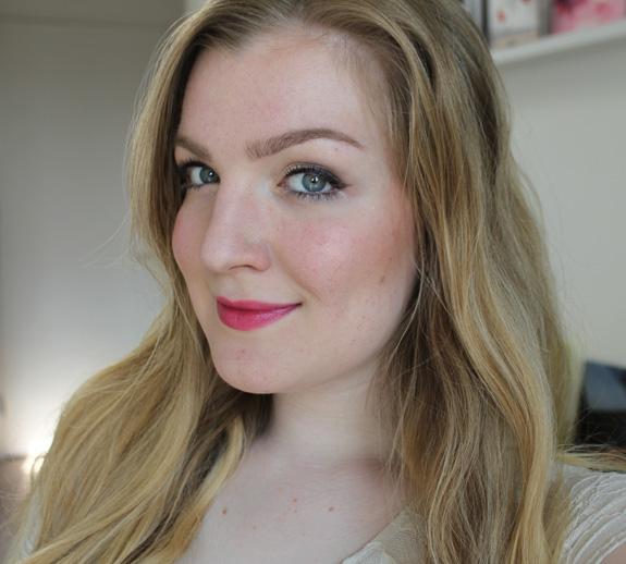 yves_rocher_cherry_oil_lipstick21
