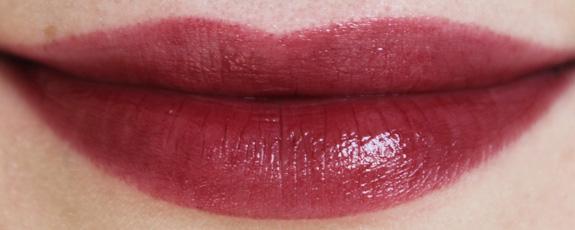 yves_rocher_cherry_oil_lipstick24