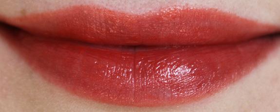 yves_rocher_cherry_oil_lipstick26