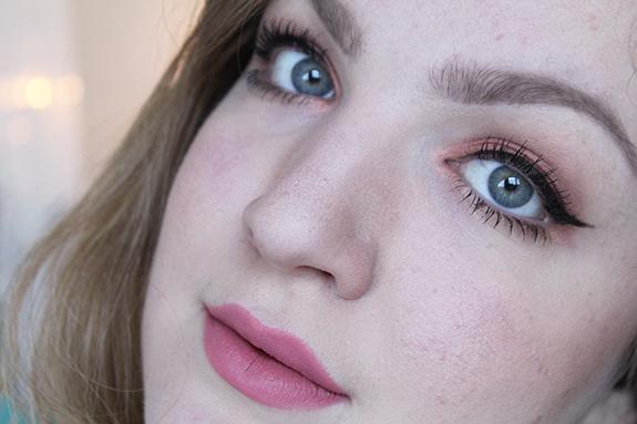 zoeva_rose_golden_eyeshadow_palette08