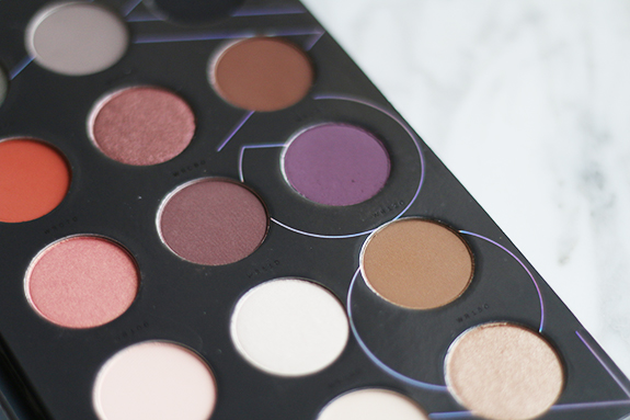zoeva_warm_spectrum_eyeshadow_palette06