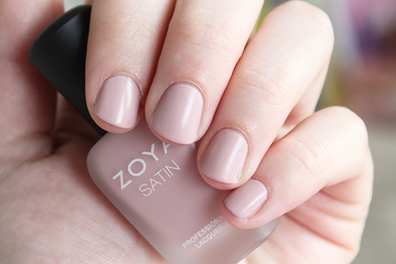 zoya_satin_professional_lacquer06