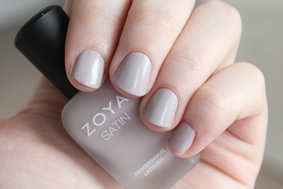zoya_satin_professional_lacquer07