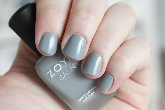 zoya_satin_professional_lacquer10